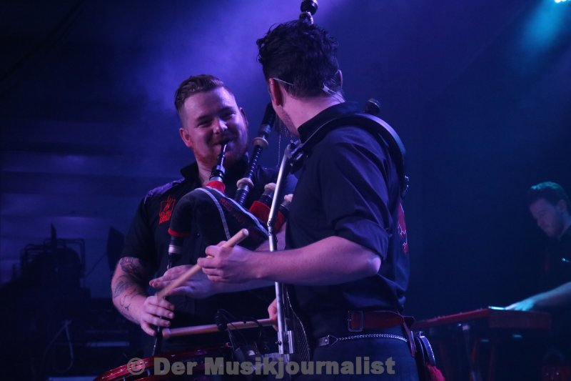 red hot chilli pipers 030
